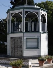 bandstand with wall of honor